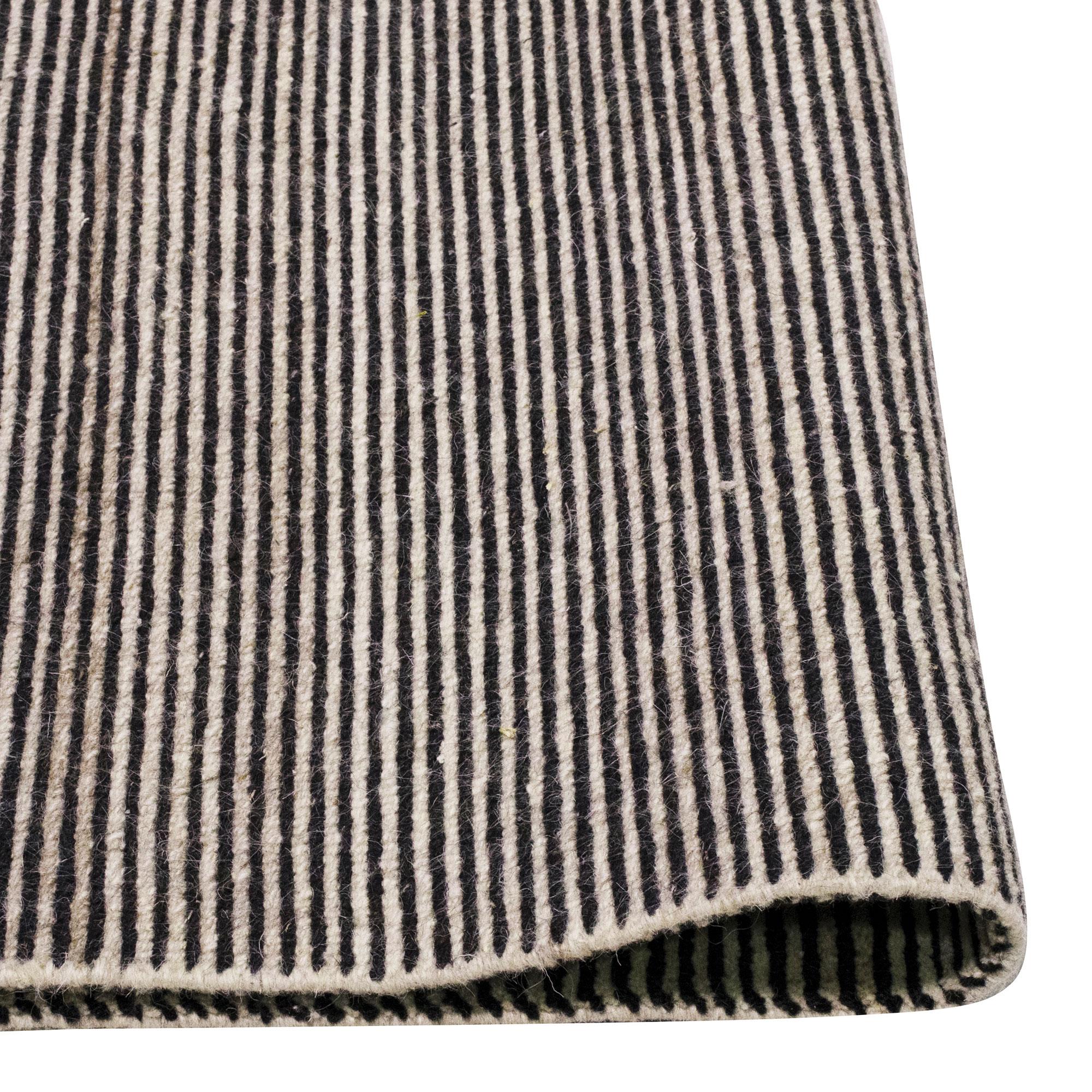 Boheme-Charcoal-200x300_foldback
