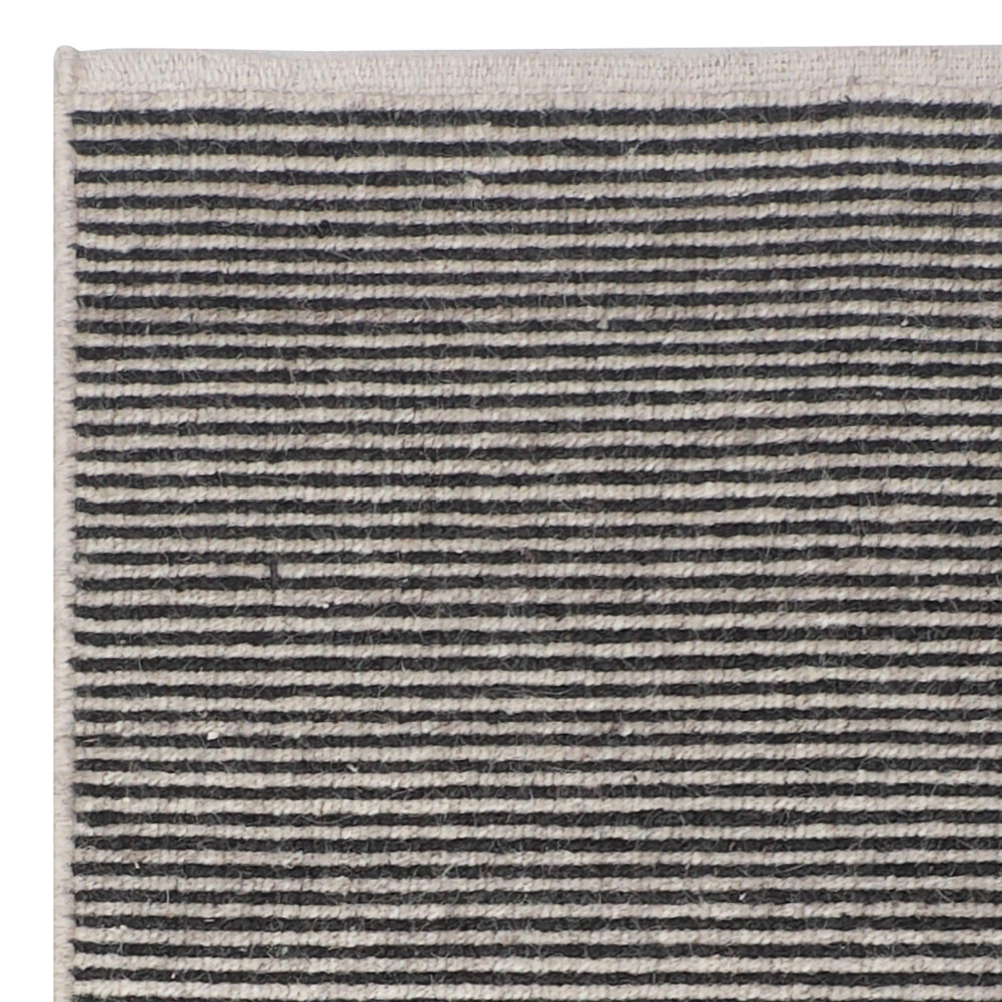 Boheme-charcoal-200x300_underside