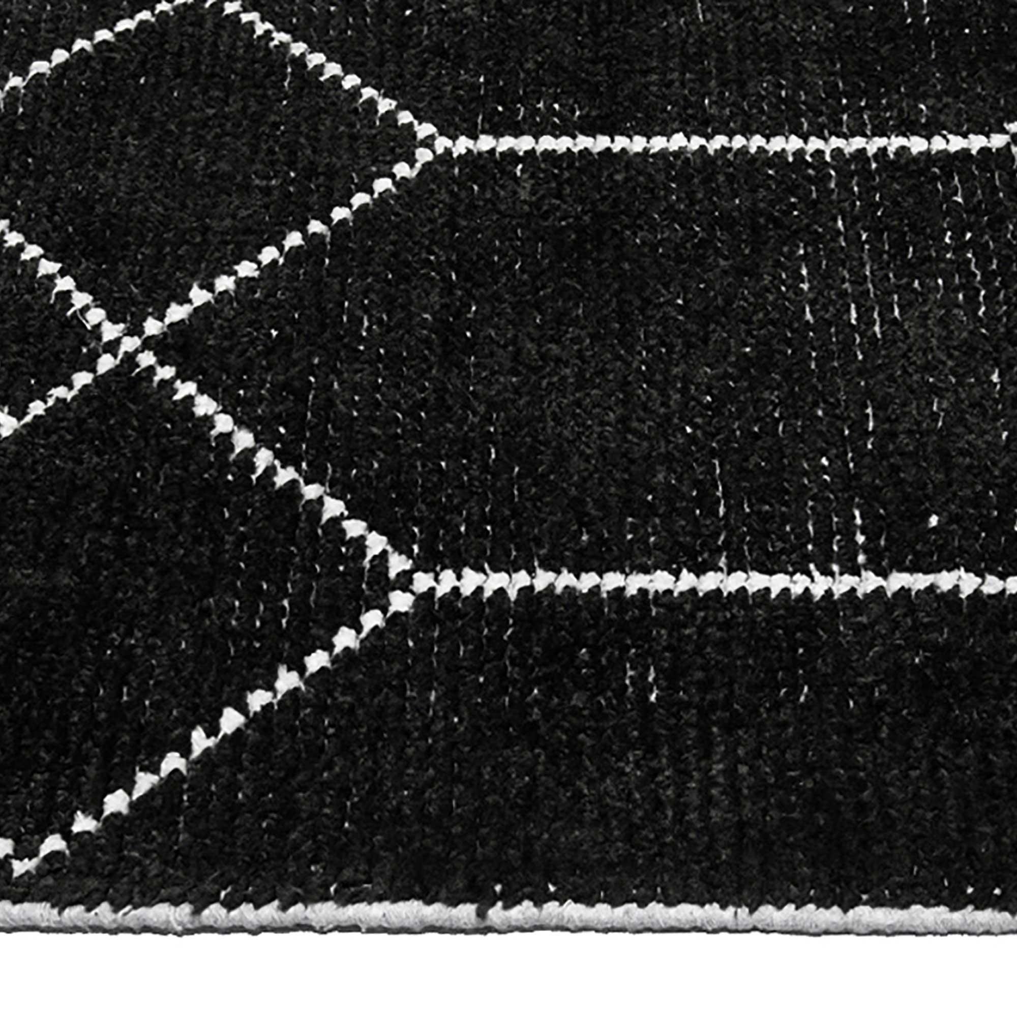 Geob1_Geometrics_Black_160x230-edge