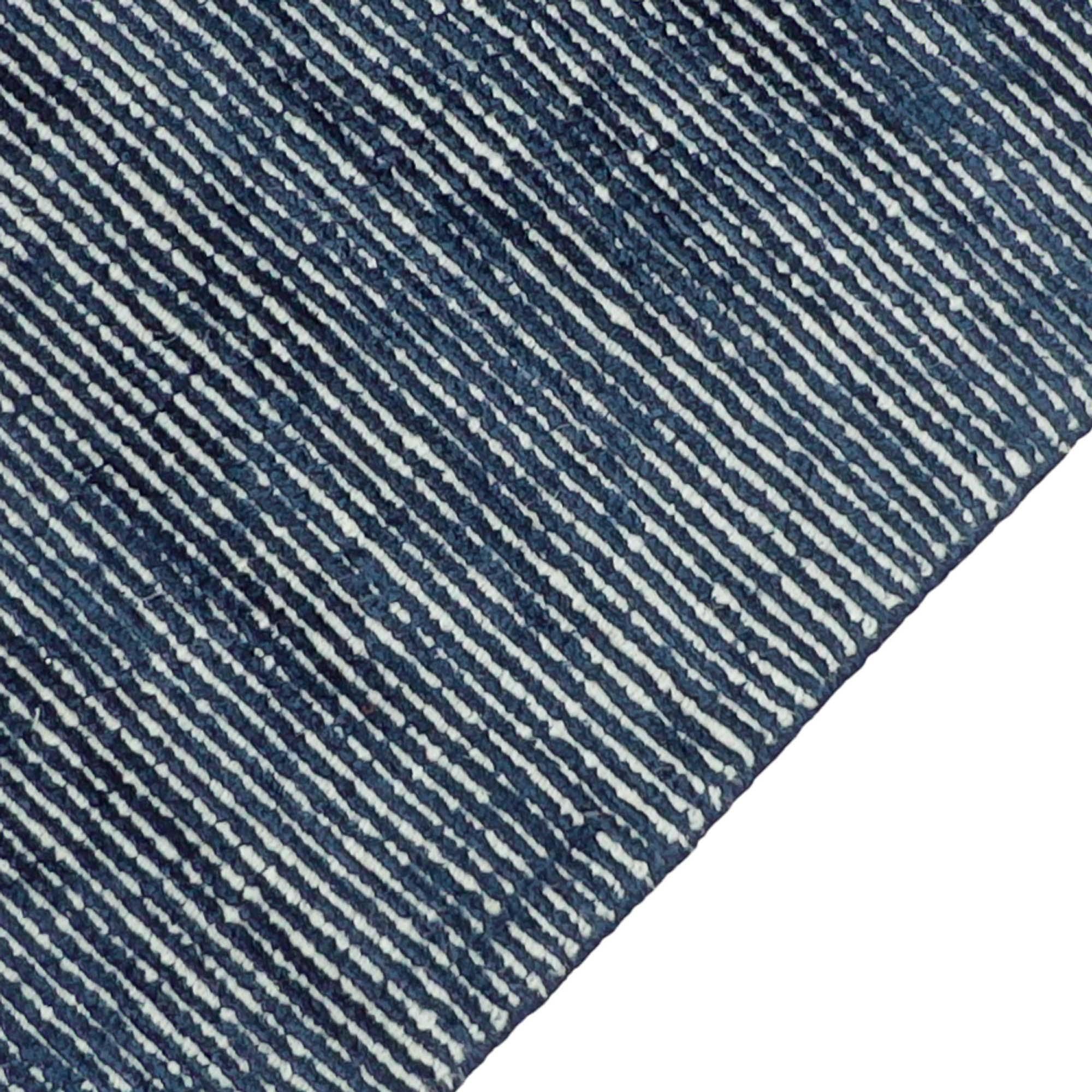 ELEN1_Elements_Navy_160x230-edge