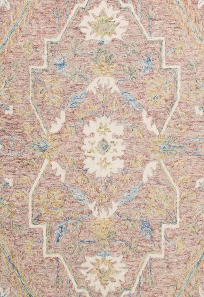 Classics-Tabriz-Blush_close-up