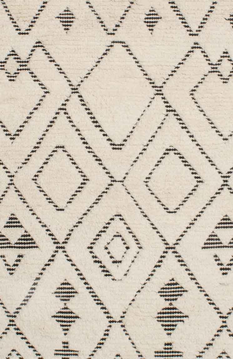 Sahara-Diamond-Ivory-Charcoal_close-up