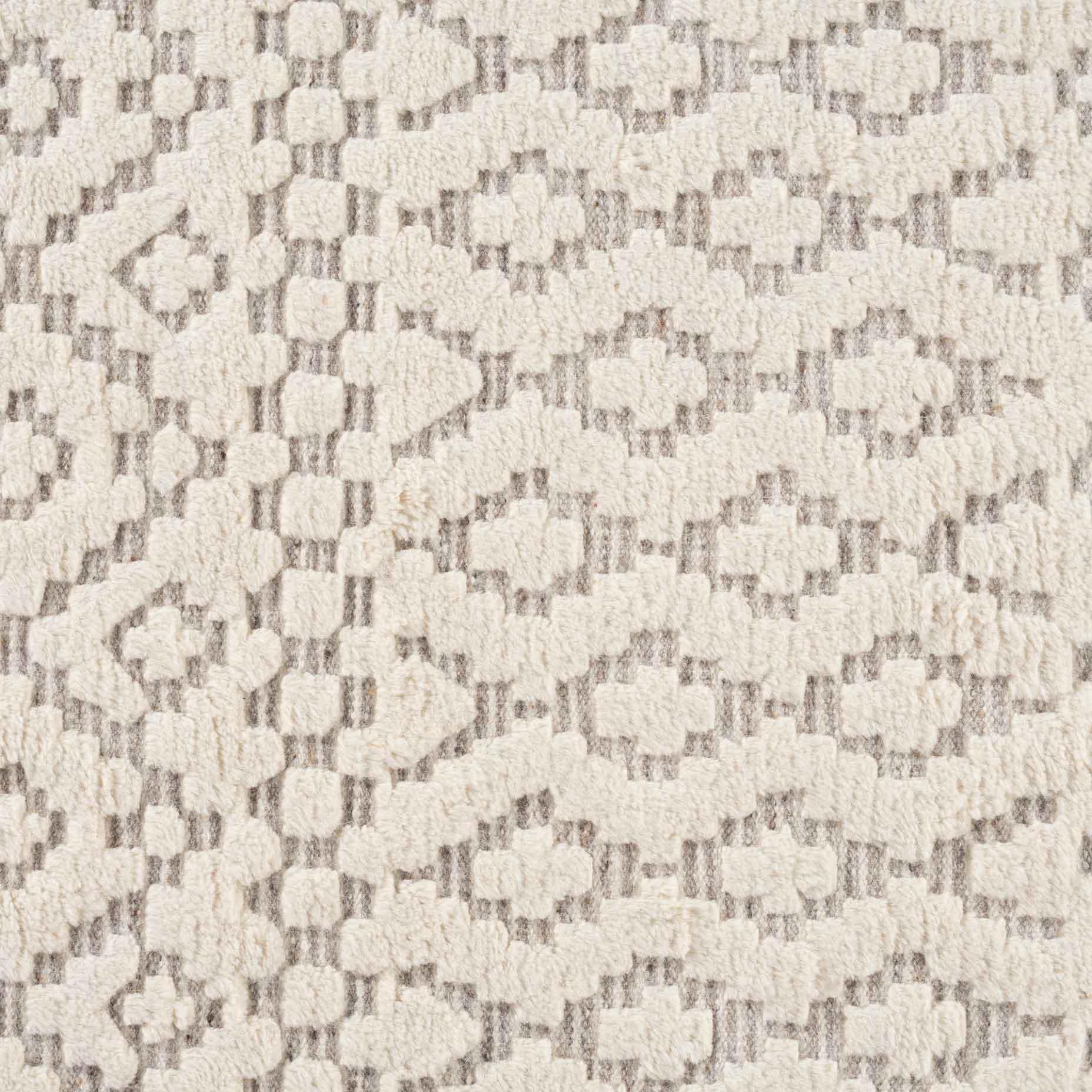 Sahara-Trellis-Ivory-Taupe_closeup